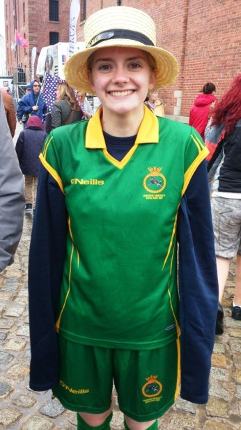 Emma after the race. You can't see the size of her goosebumps on this picture - she was FREEZING!!!
