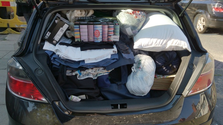 Bringing my daughter back home. Not as well packed as Tetris King Kevin, but t least we got everything in.